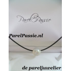 Zuidzee parel enorm grote 17x 21mm 50cm collier staal rubber zoutwater wit grijs