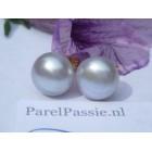 Verkocht* Pareloorknoppen grijs 10mm zoetwater Akoya zilver verguld.