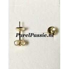 Gouden oorstekers met 5,5mm parelschotel JKa 14k 585