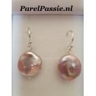 Pareloorbellen roze grote barok zoetwaterparels, zilver 925  Parels kunnen iets afwijken